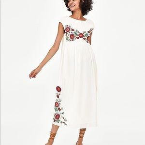 Zara size small embroidered dress NWOT